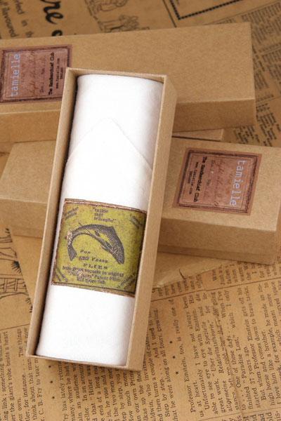 Men 39 s fly fishing handkerchief for Fishing gift box