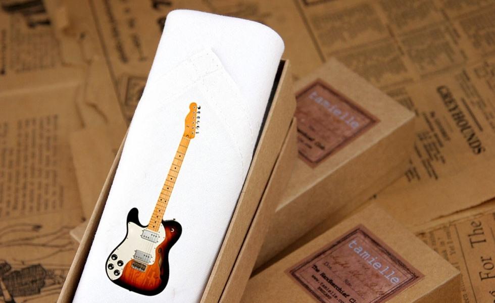 Single-hankie-Guitar-close